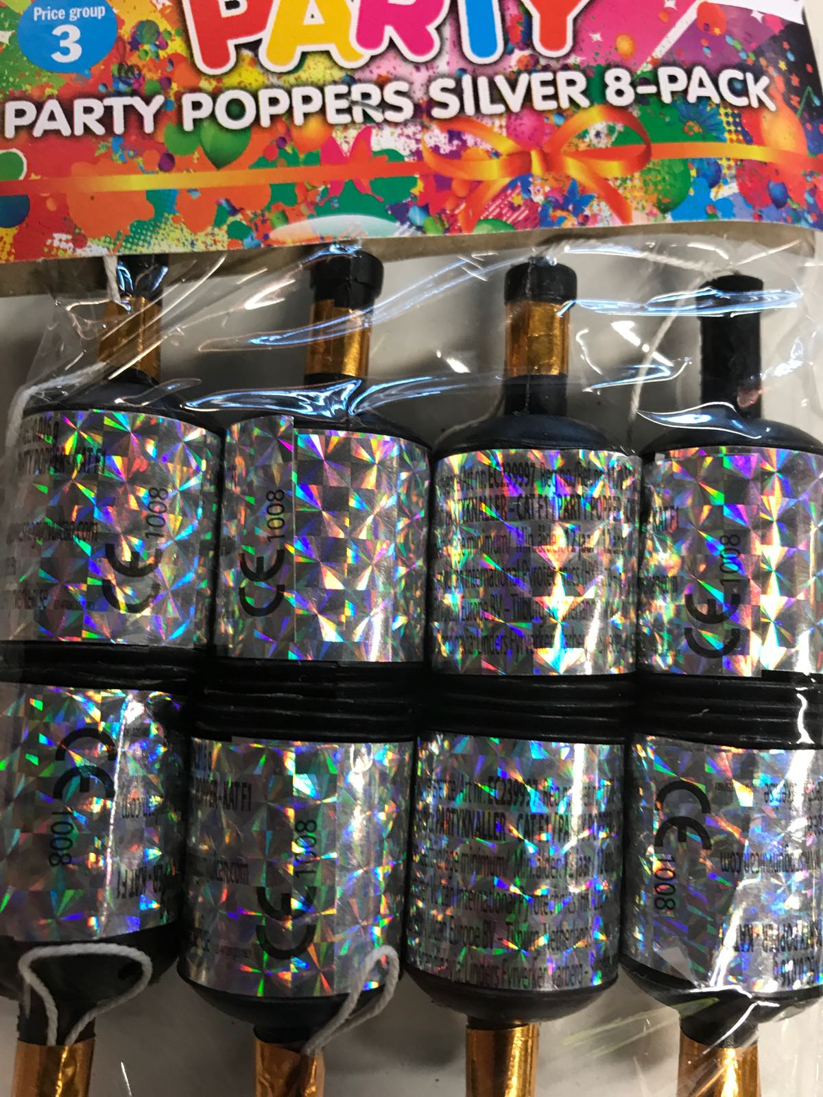 Party poppers silver