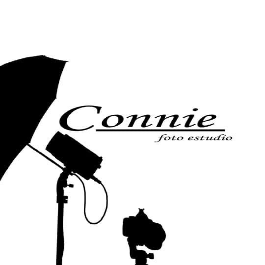 Connie foto estudio