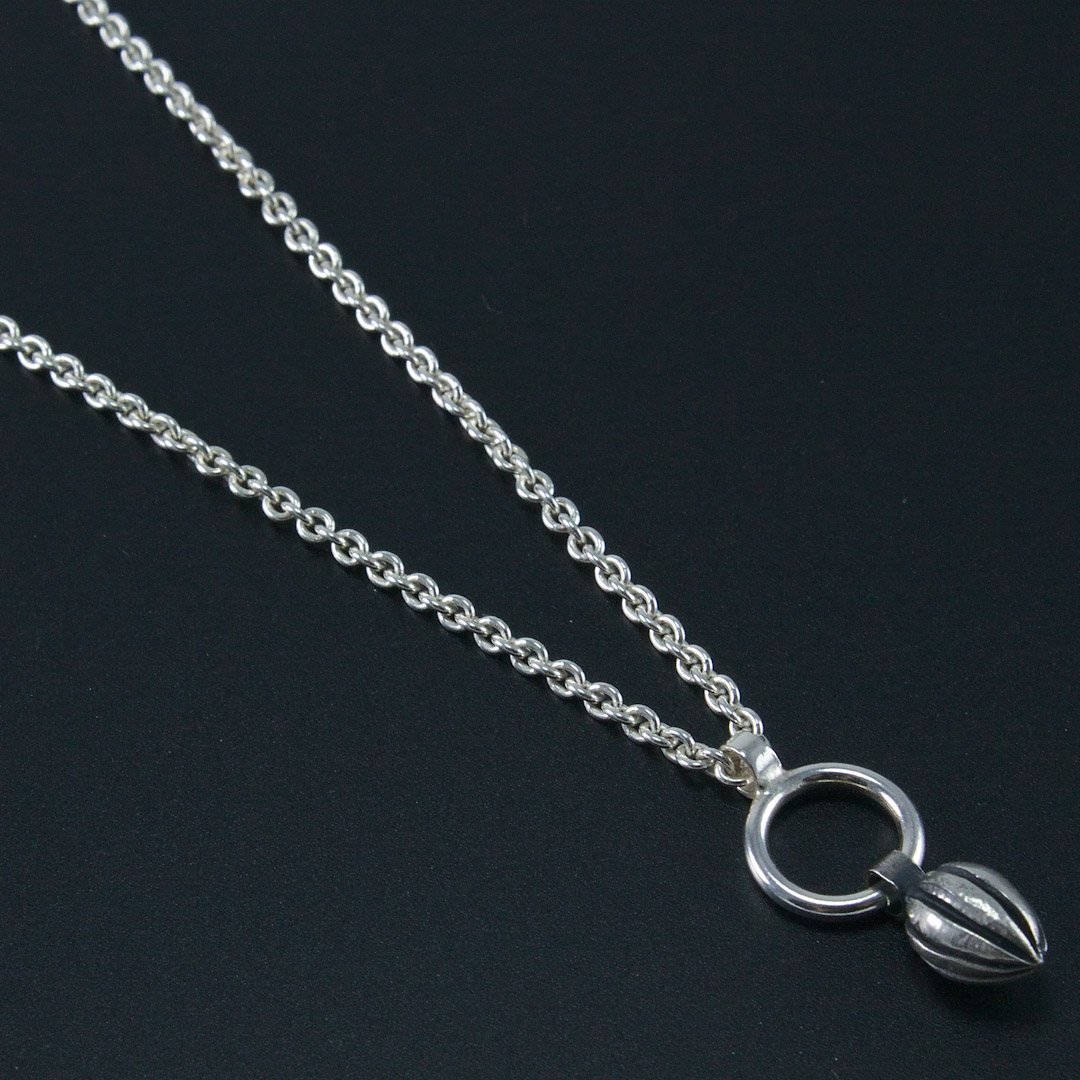 Pod Circle Necklace