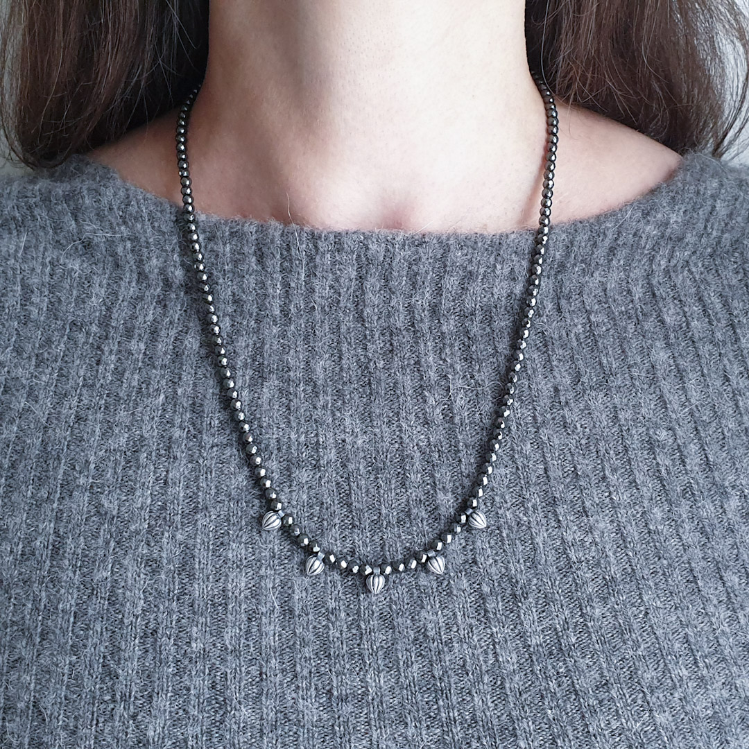 Tiny Pods Necklace: long
