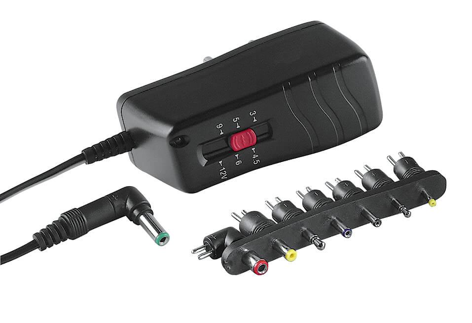 HAMA Virtalähde muuntaja 3V-12V 1000mA (8 eri päätä)