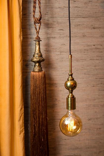 Lampa, Watt o Veke, Deborah Taklampa