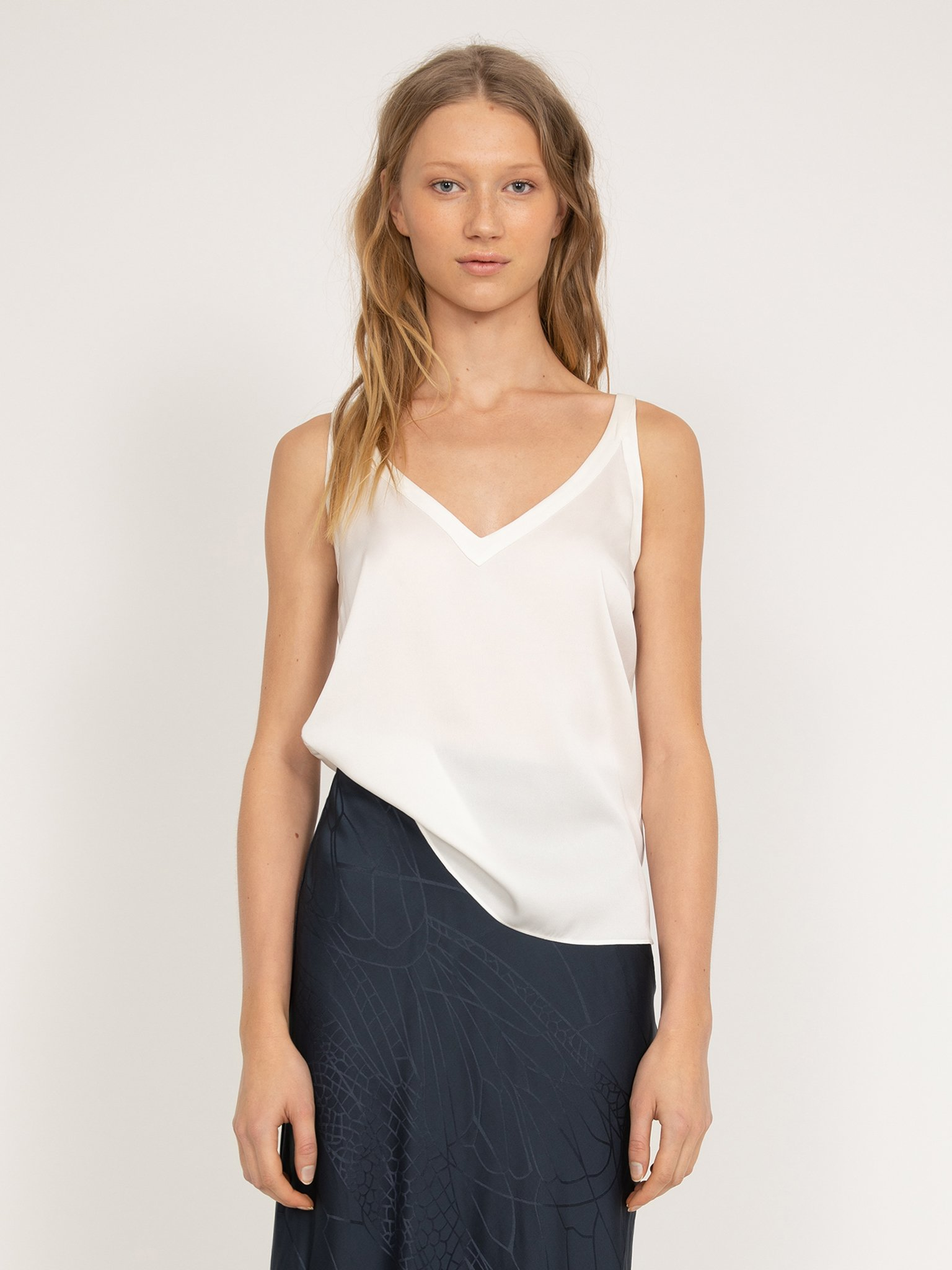 Linne, Ahlvar Gallery, Shin Tank Top, Off-White