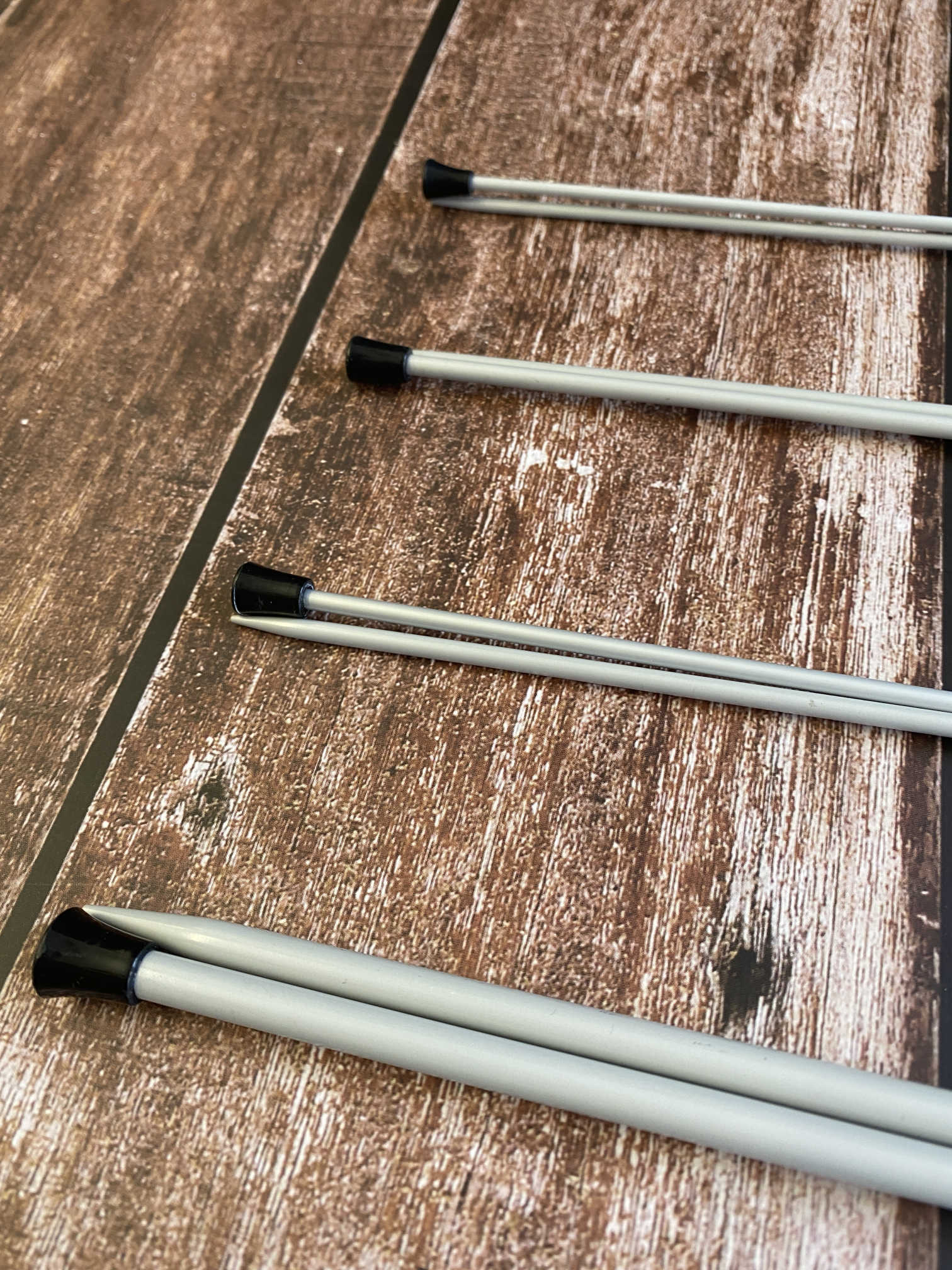 Milward Single Point Knitting Needles - 30cm