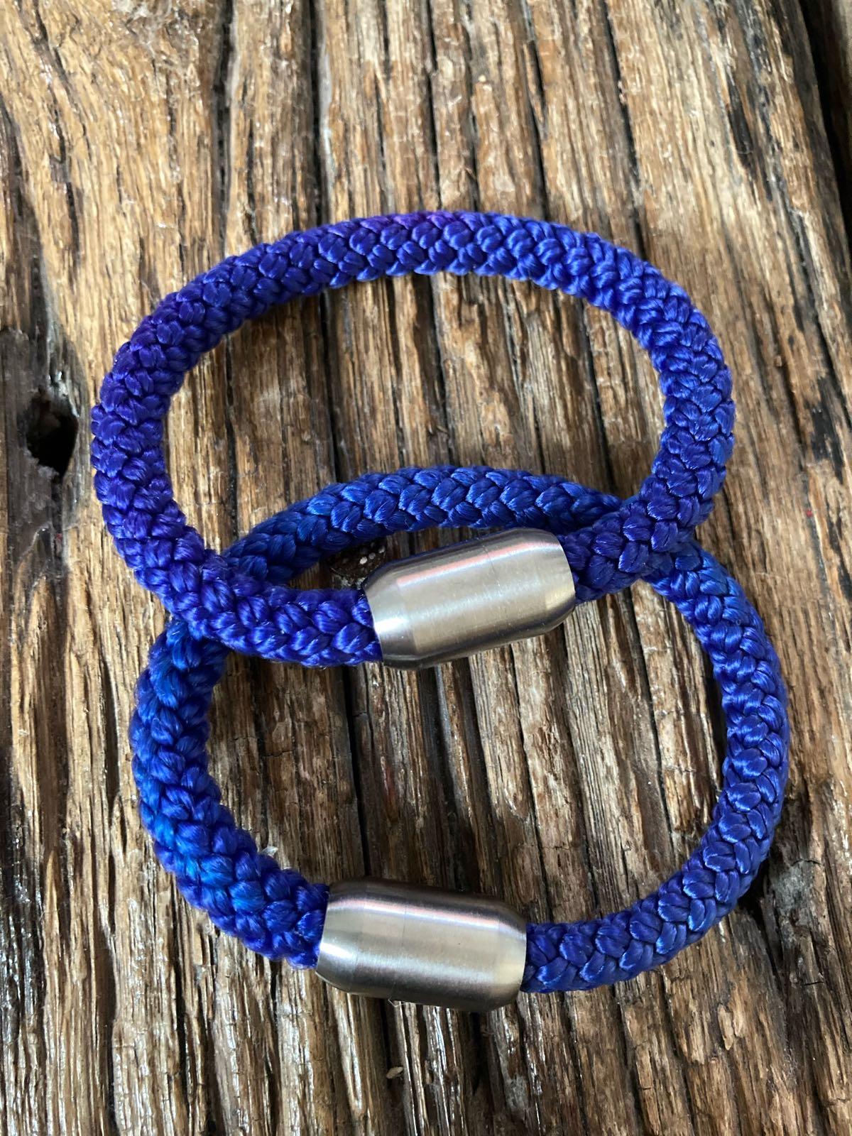 Fischereidesign - Armband royalblau, 9 mm, Edelstahlverschluss silber