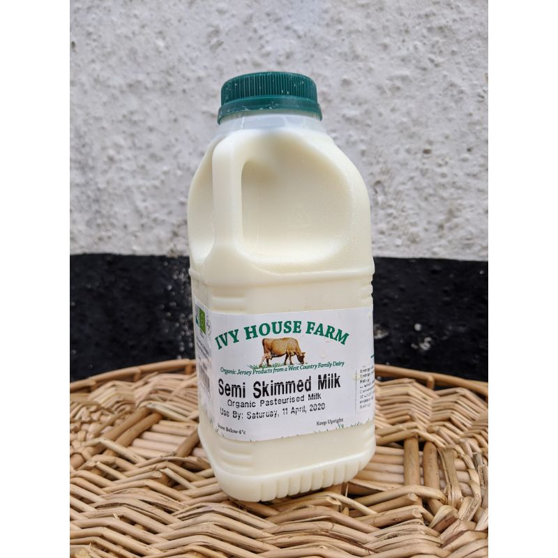 Ivy House* Semi skimmed organic Jersey milk 1pint