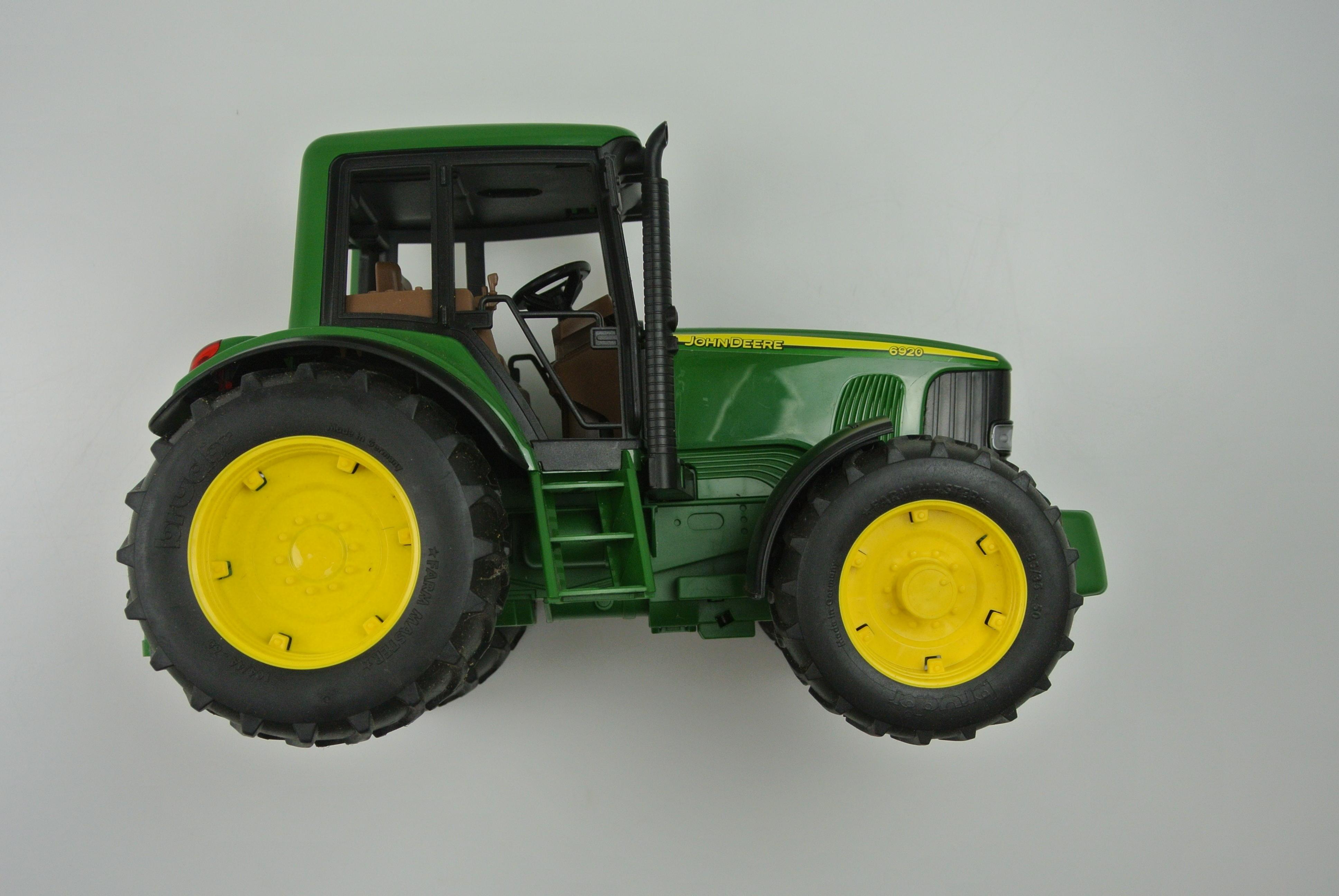 John Deere traktor legetøj