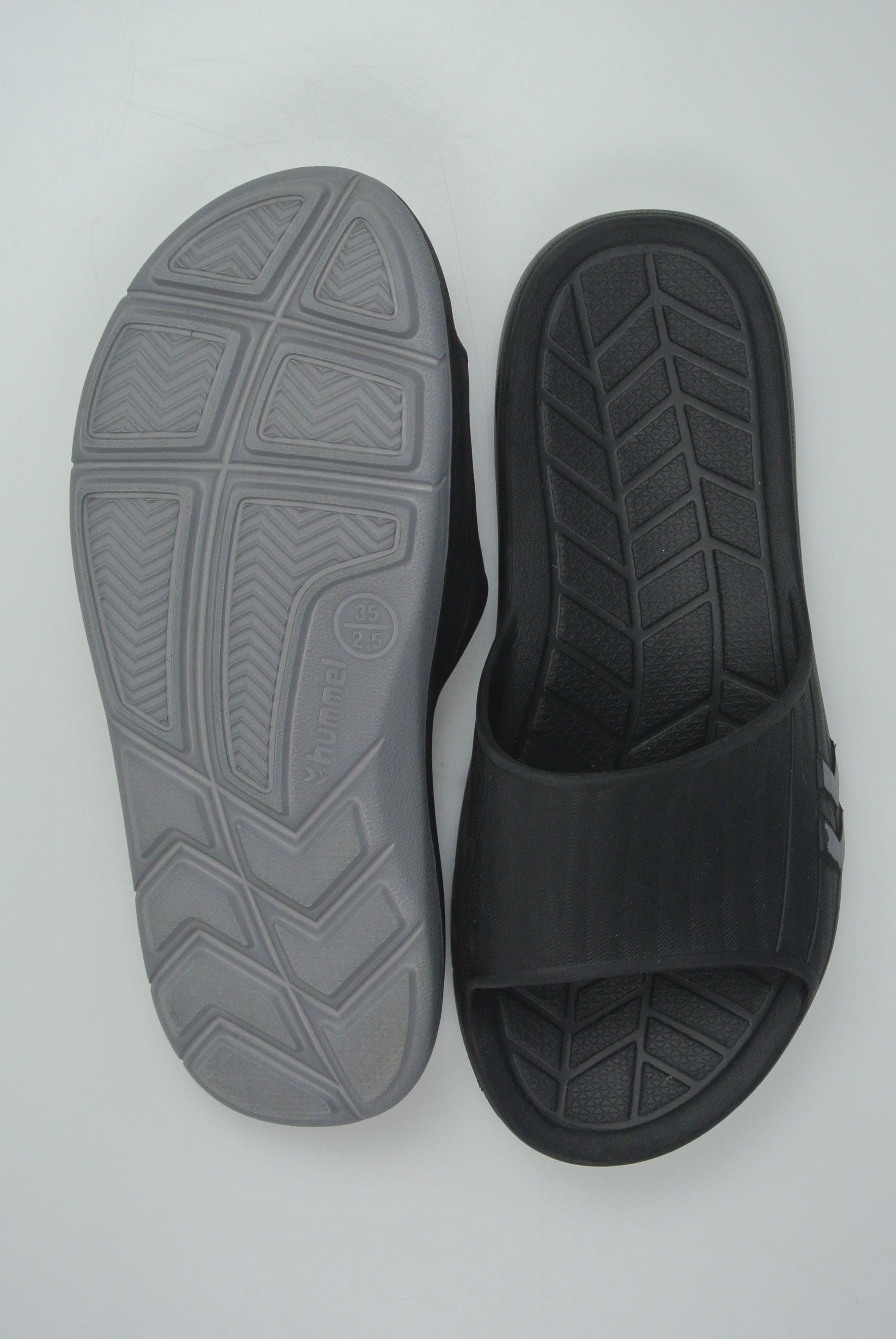 Hummel sandal str 35