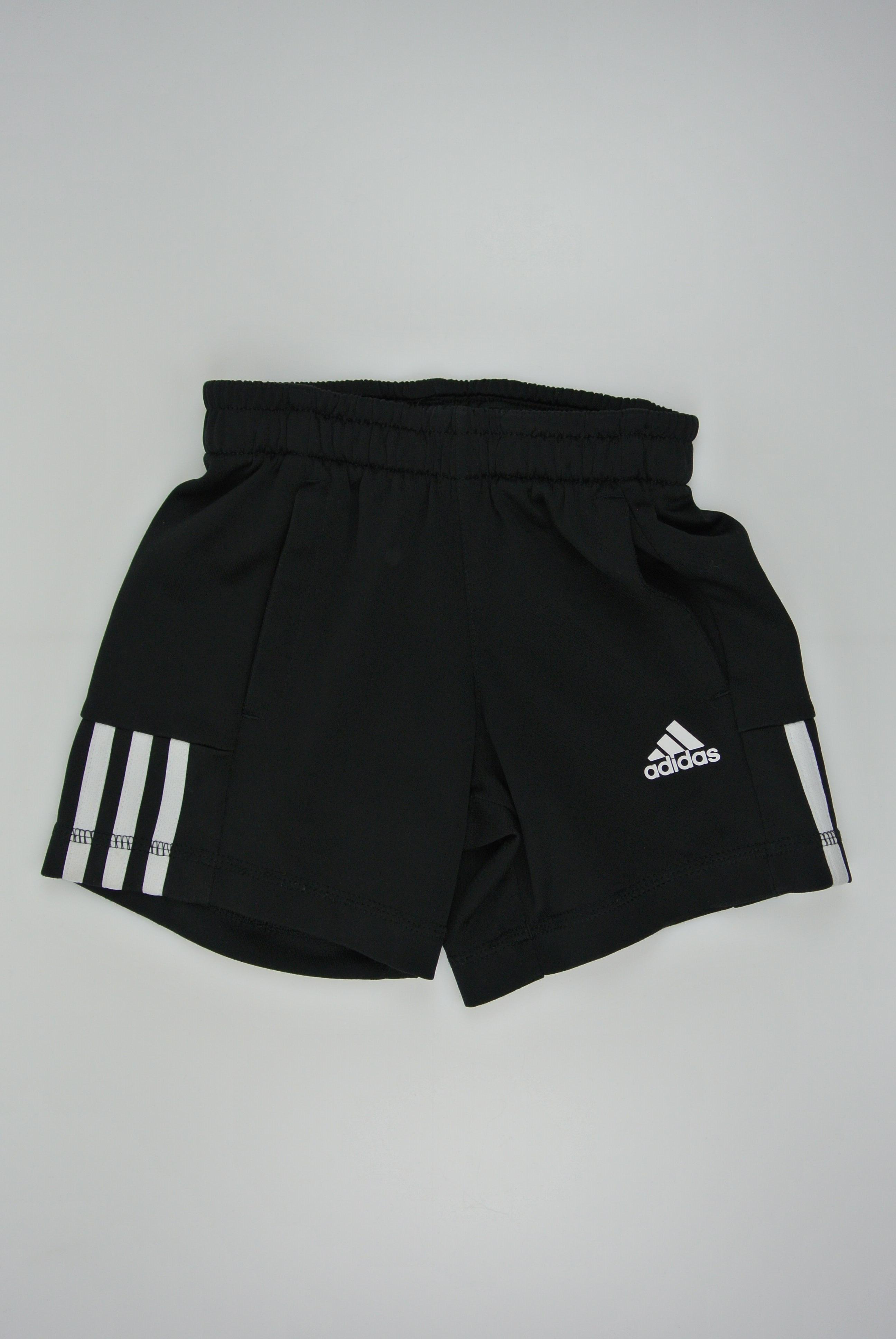 Adidas shorts str 92 dreng