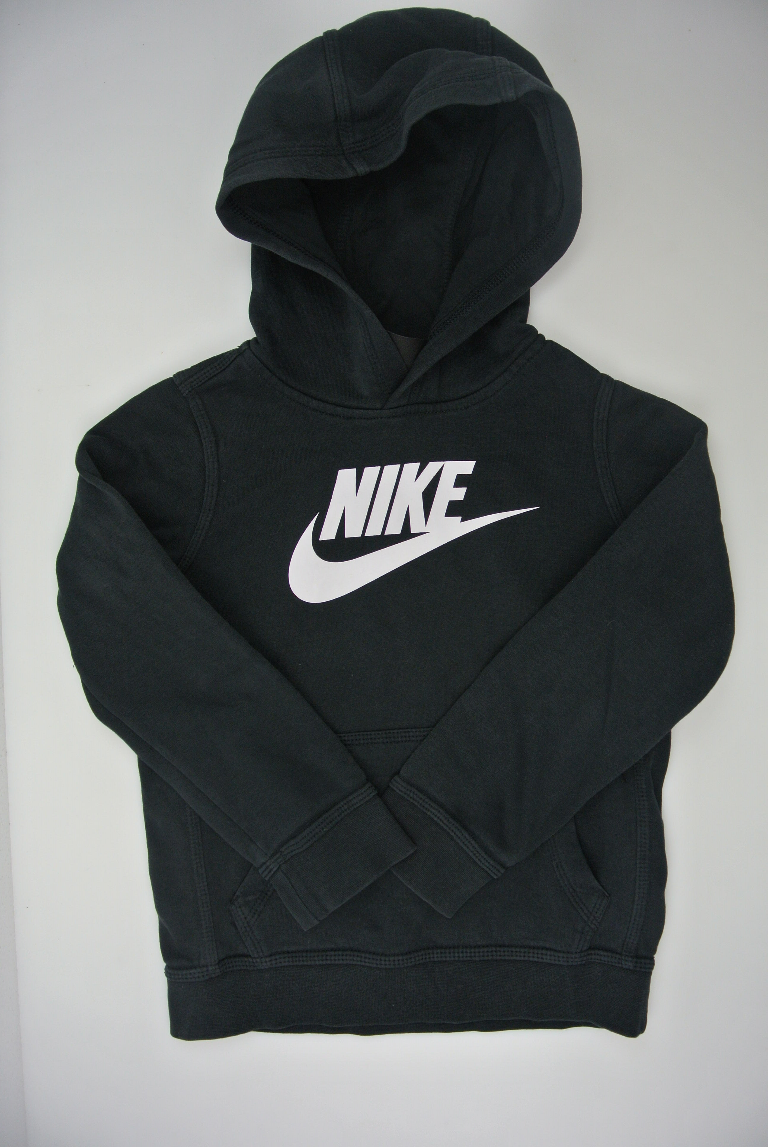 Nike trøje str 122/128 dreng