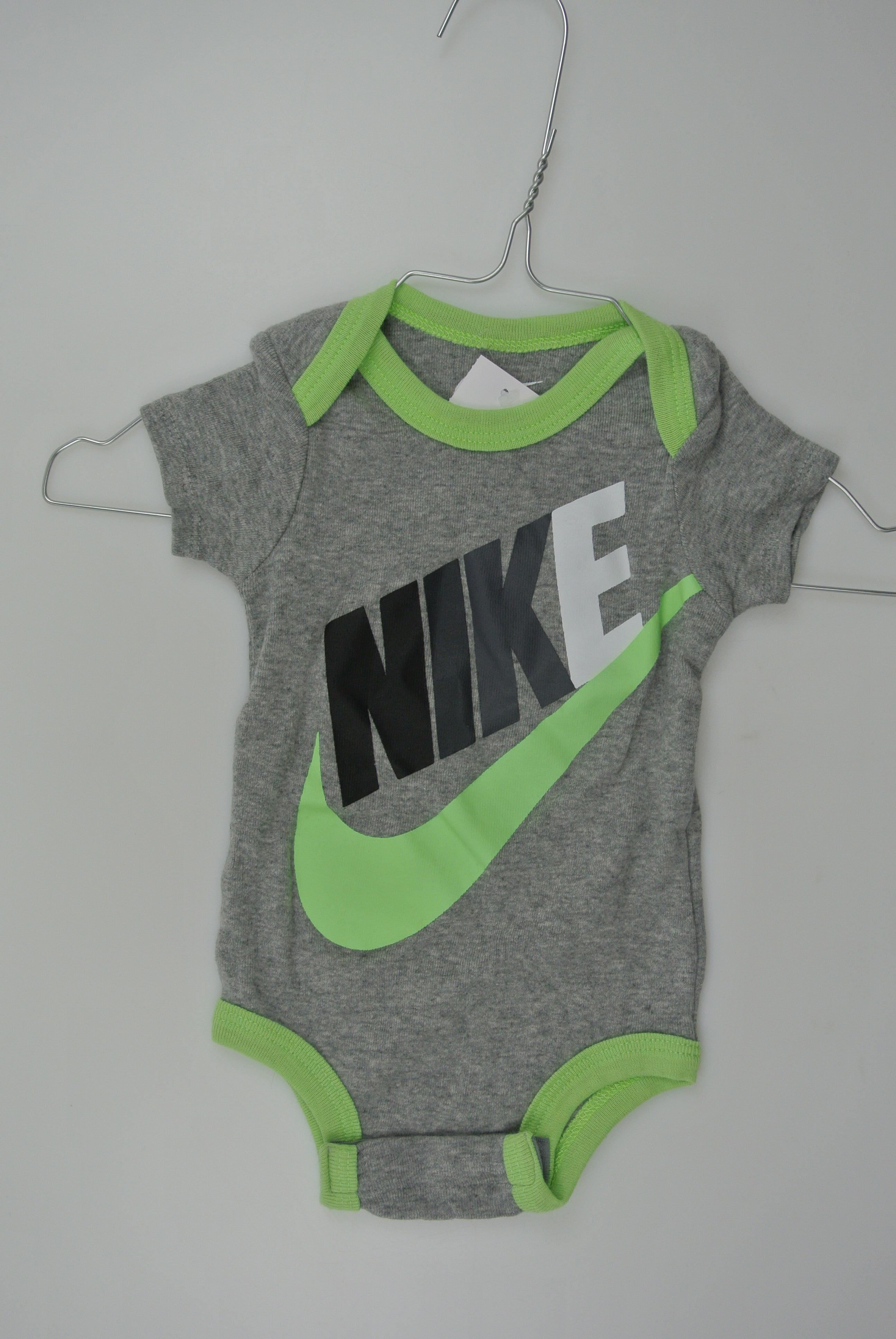 Nike body str 62 dreng 60/70cm
