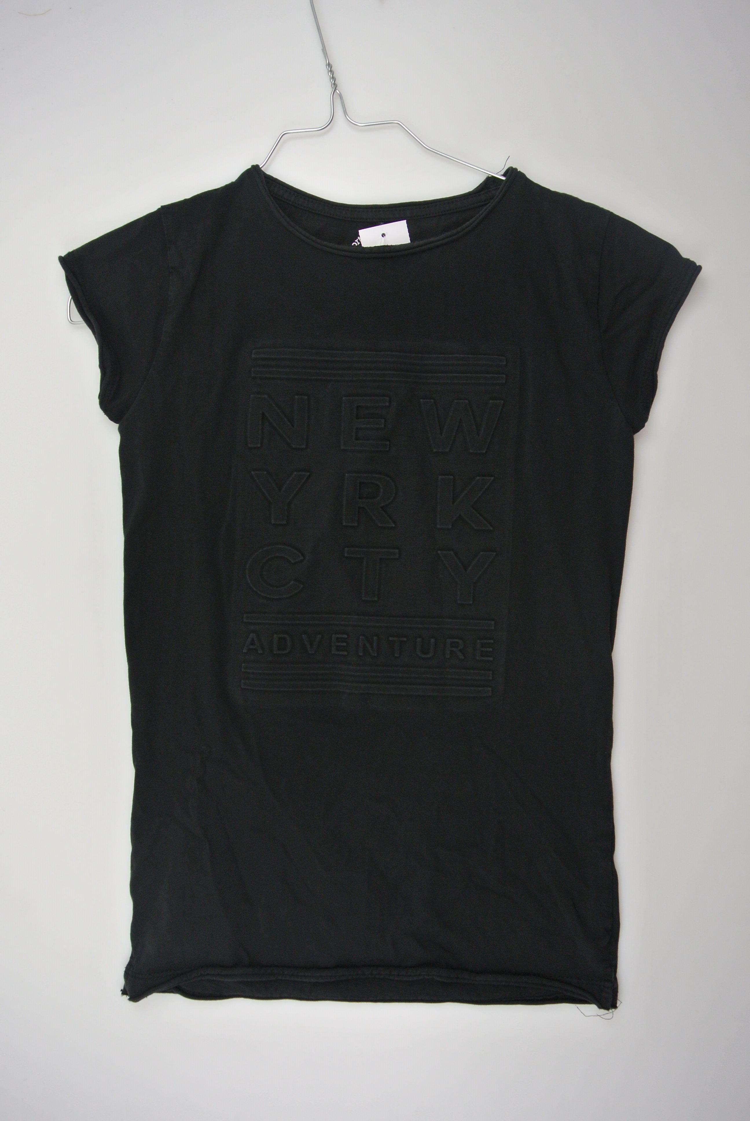 The New t-shirt str 134/140 dreng