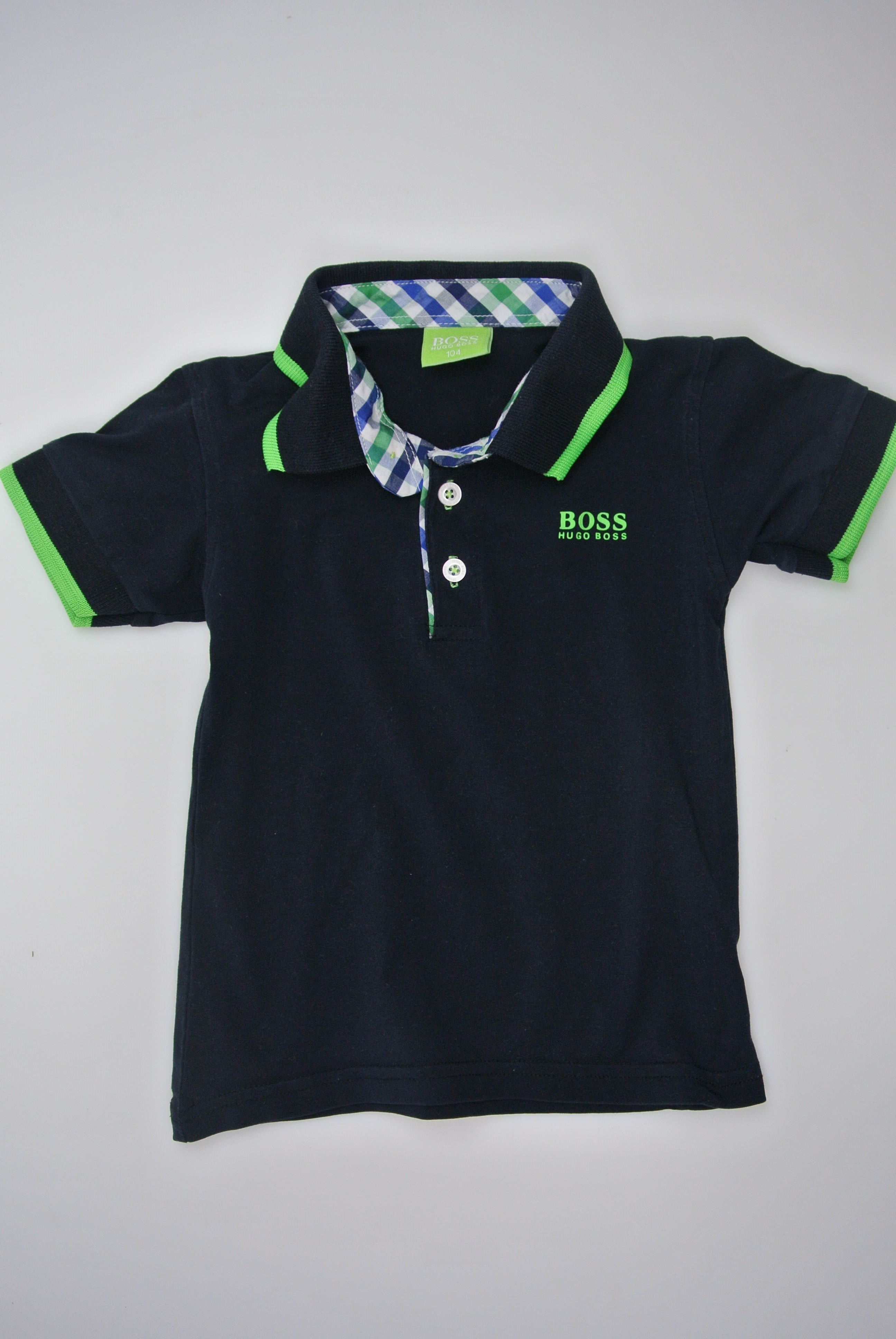 Hugo Boss t-shirt str 104 dreng