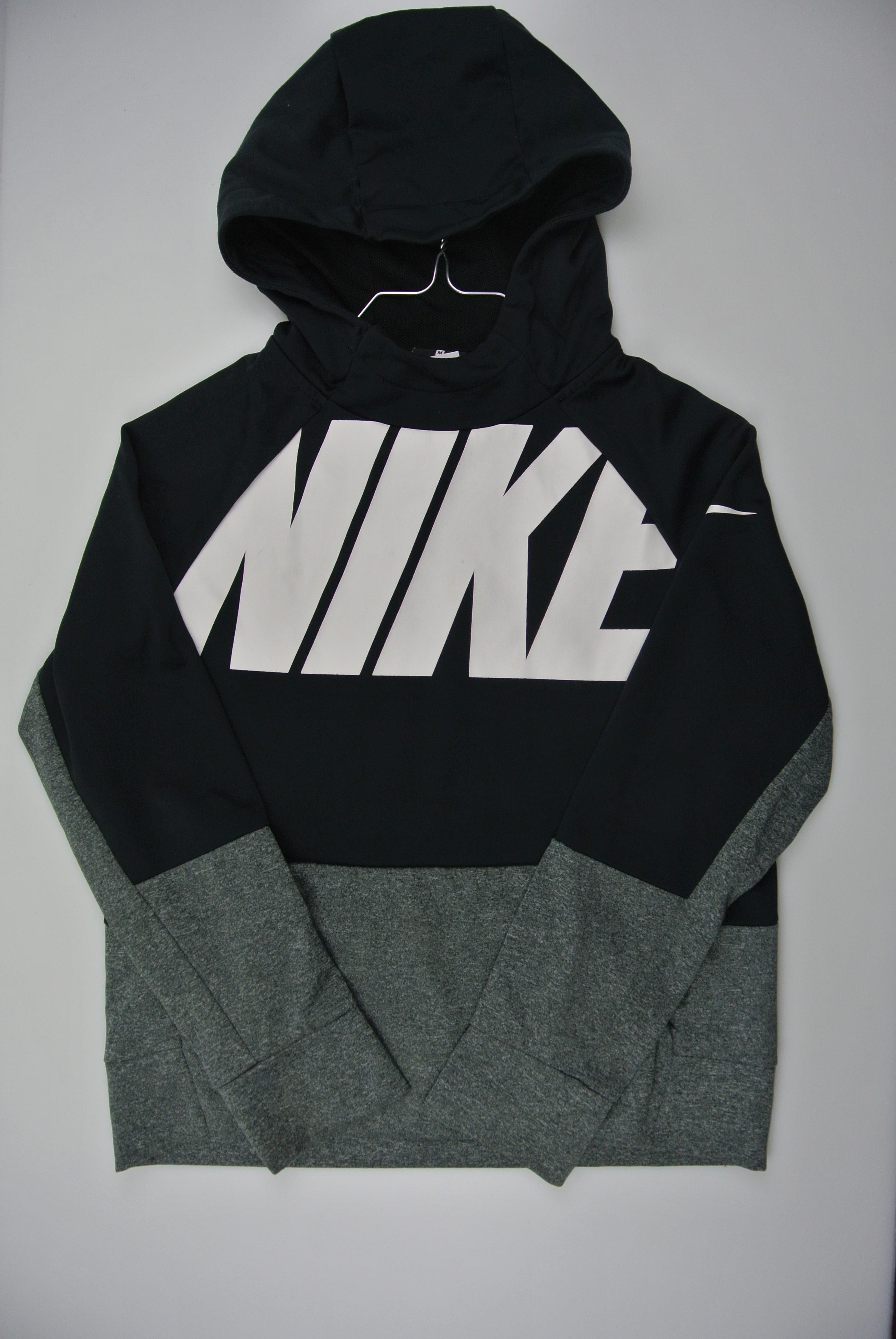 Nike trøje str 140 dreng 137/147