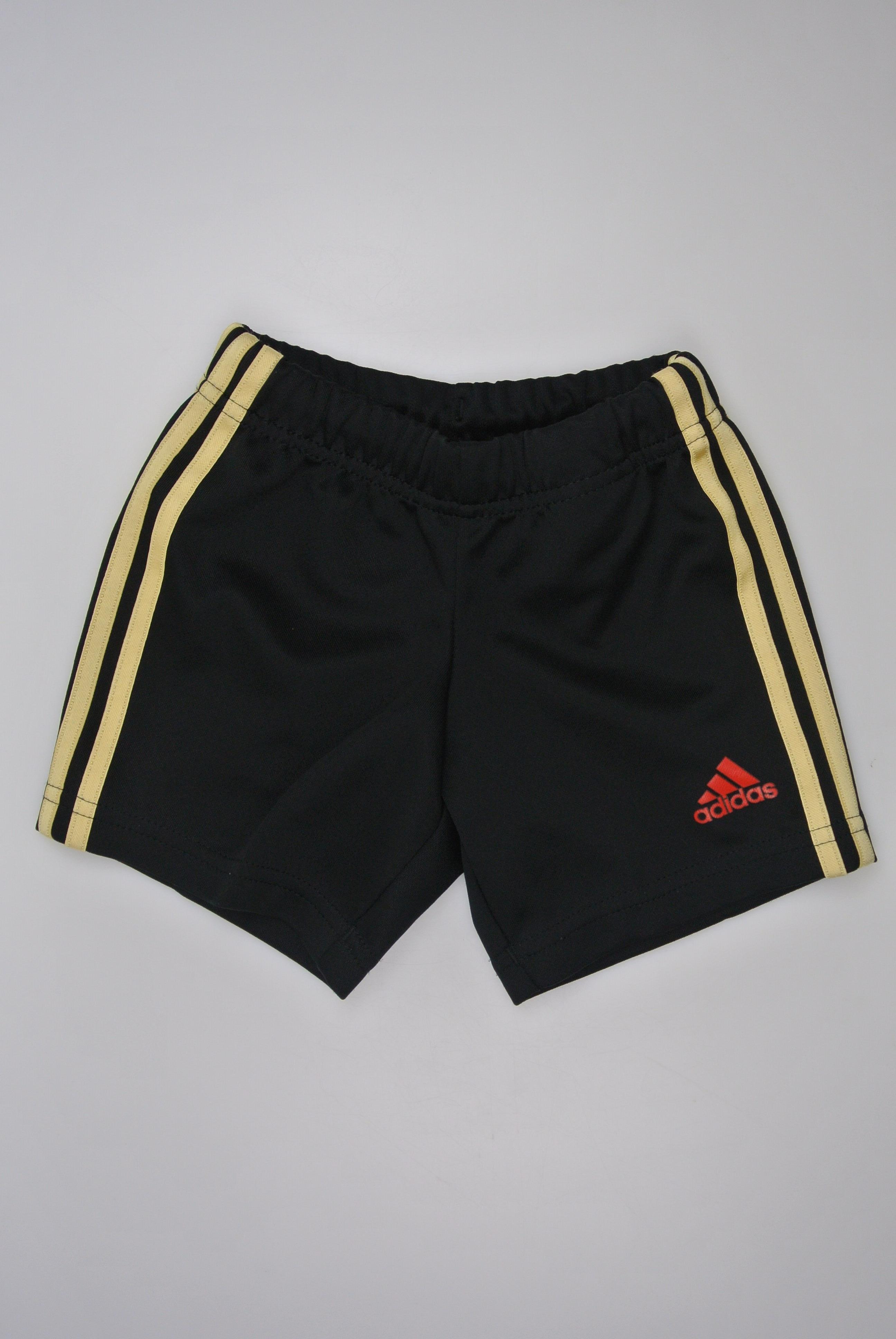 Adidas shorts str 80 dreng