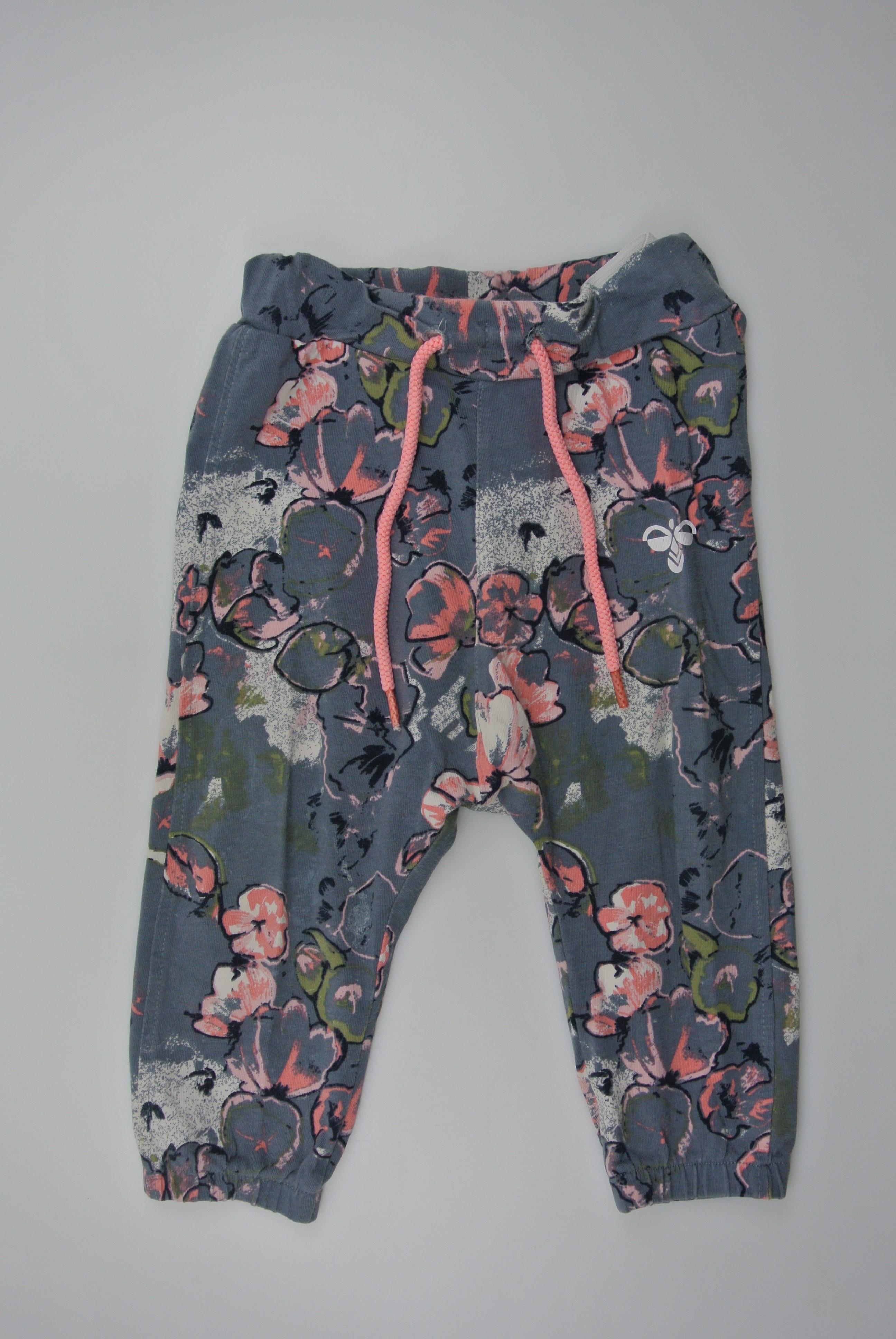 Hummel bukser str 62 pige