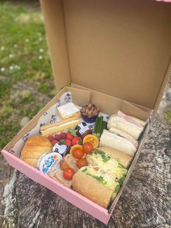 Ploughmans Afternoon Tea Box