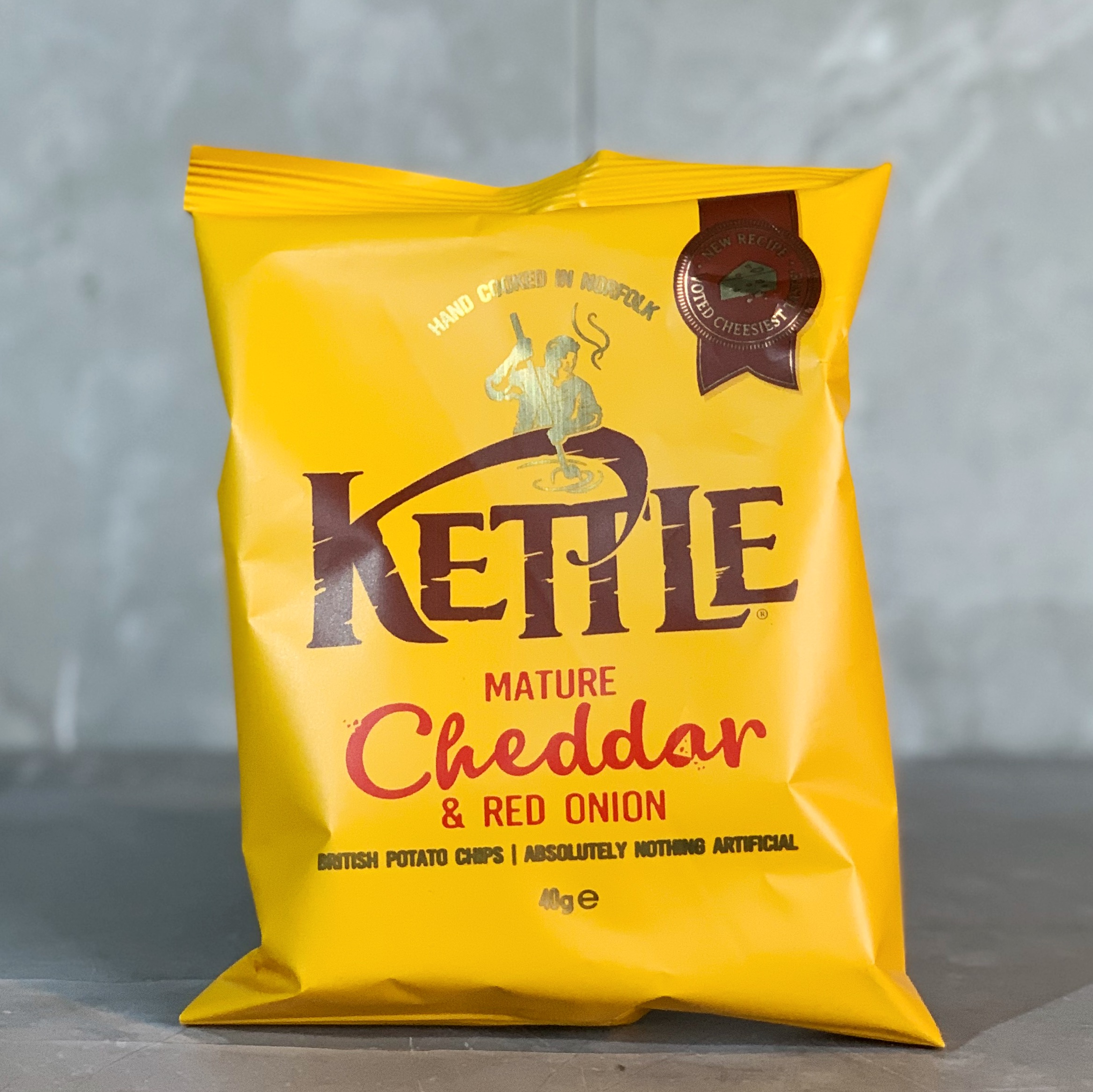 Kettle Crisp Cheddar & Red Onion