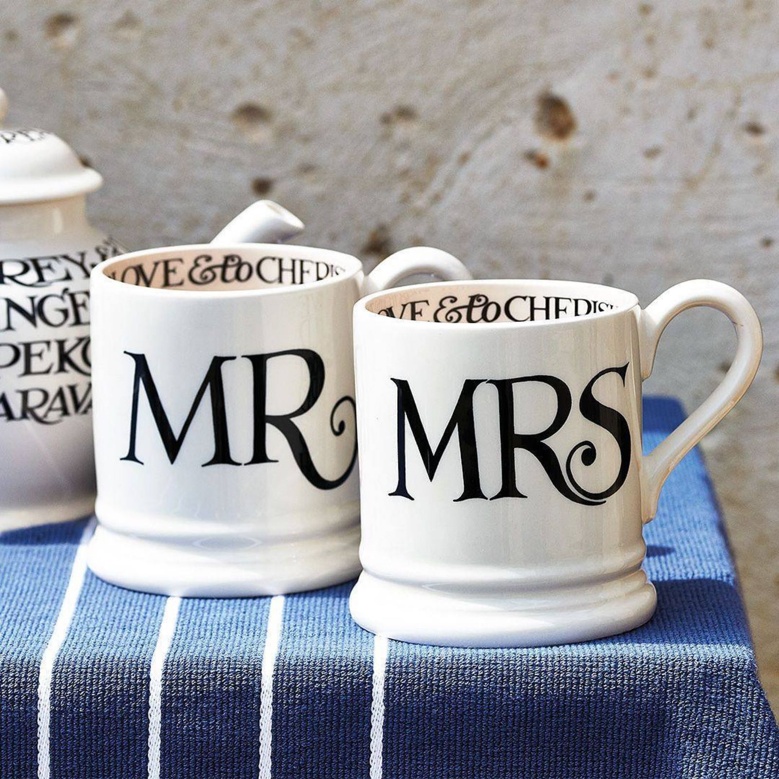 "Emma Bridgewater Black Toast ""Mr and Mrs"" set of 2 1/2 Pint Mugs Boxed"