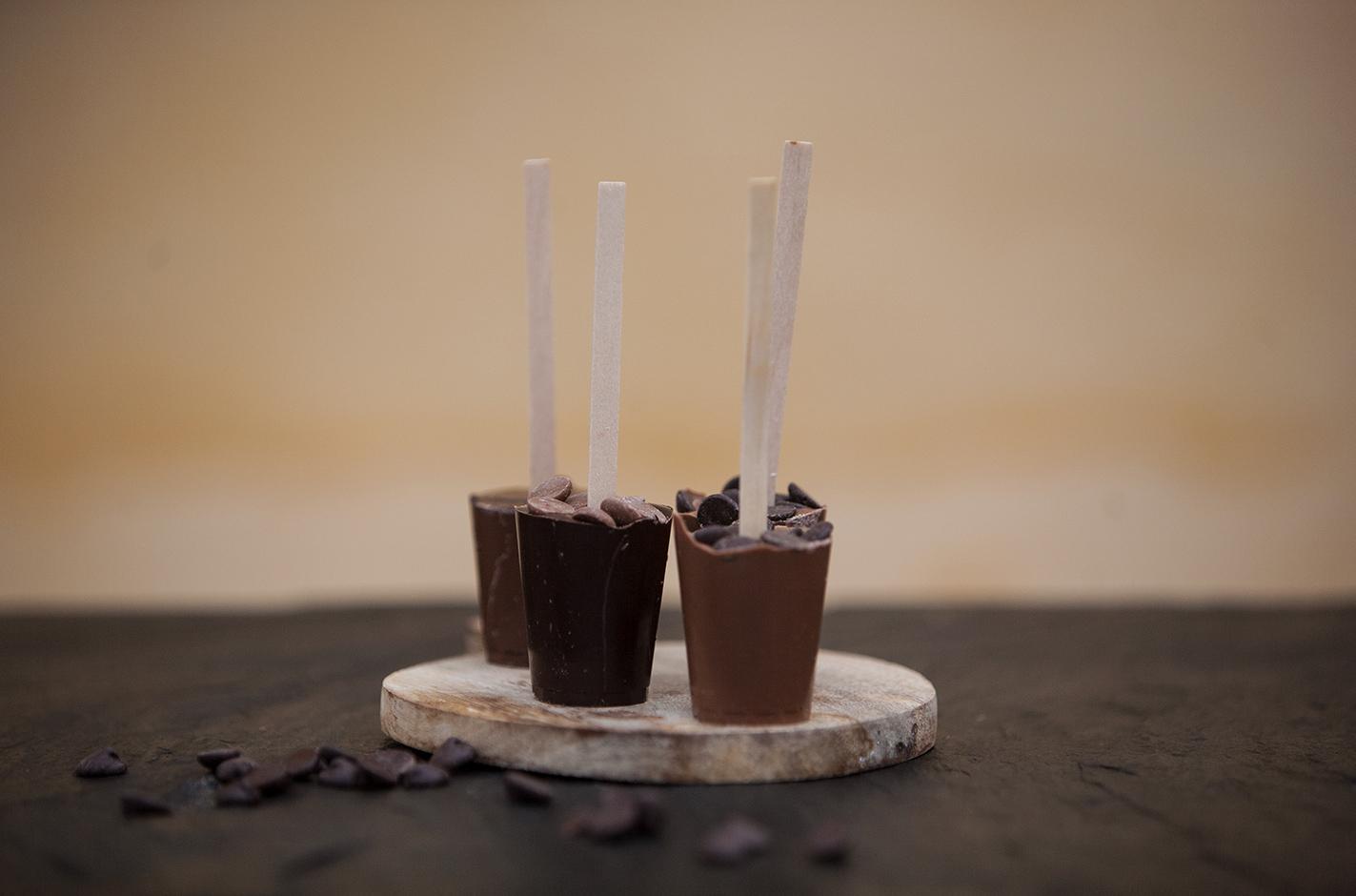 Mörka varmchokladklubbor
