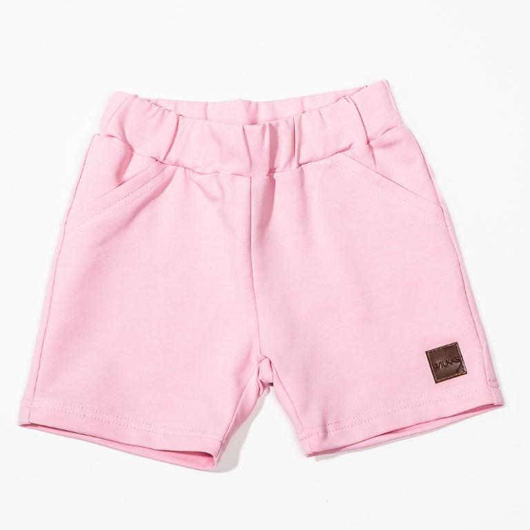 Vaaleanpunaiset shortsit