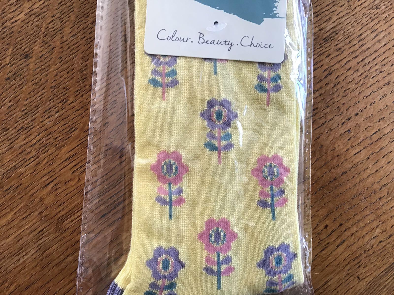 Women's Yellow Flower Bamboo Socks