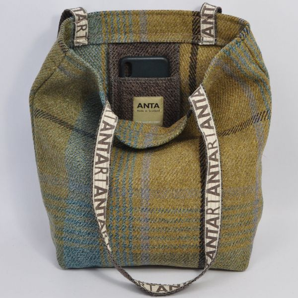 ANTA Carpet Bags