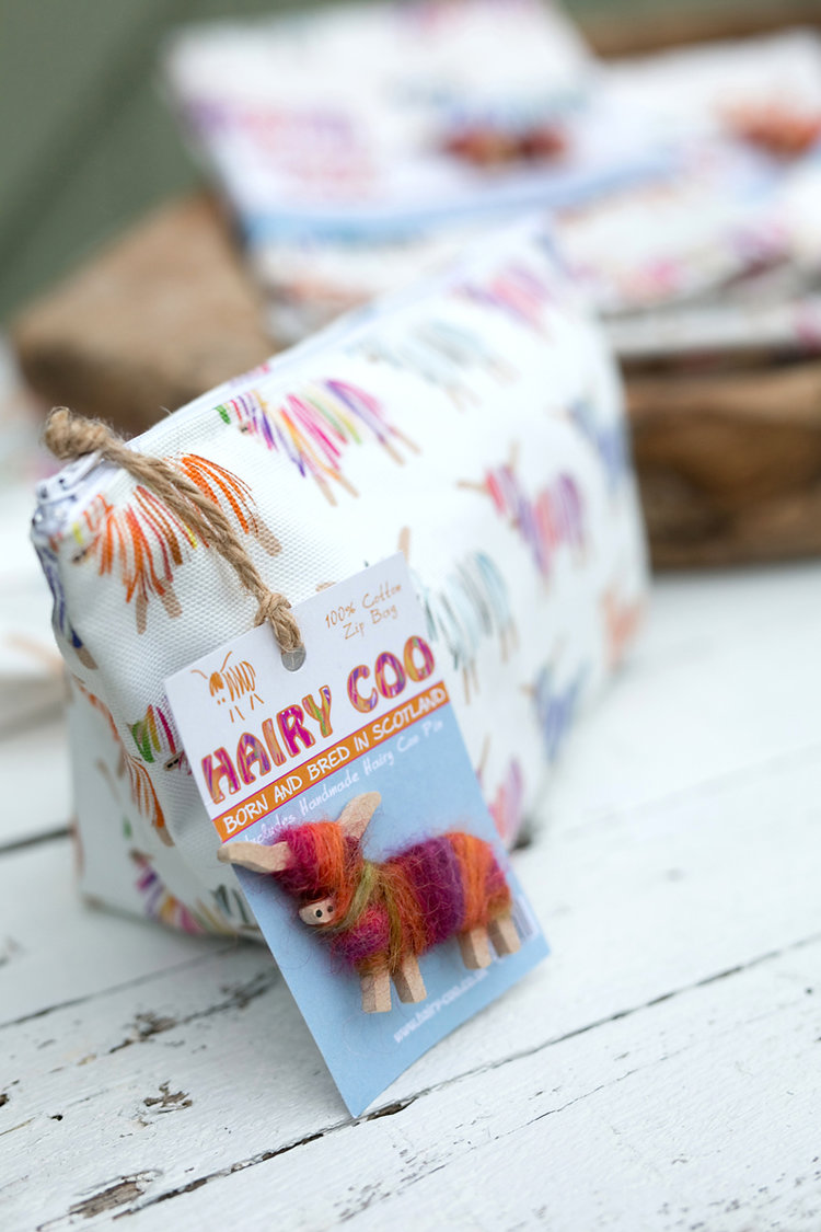 Hairy Coo Zip Bag with Pin Badge