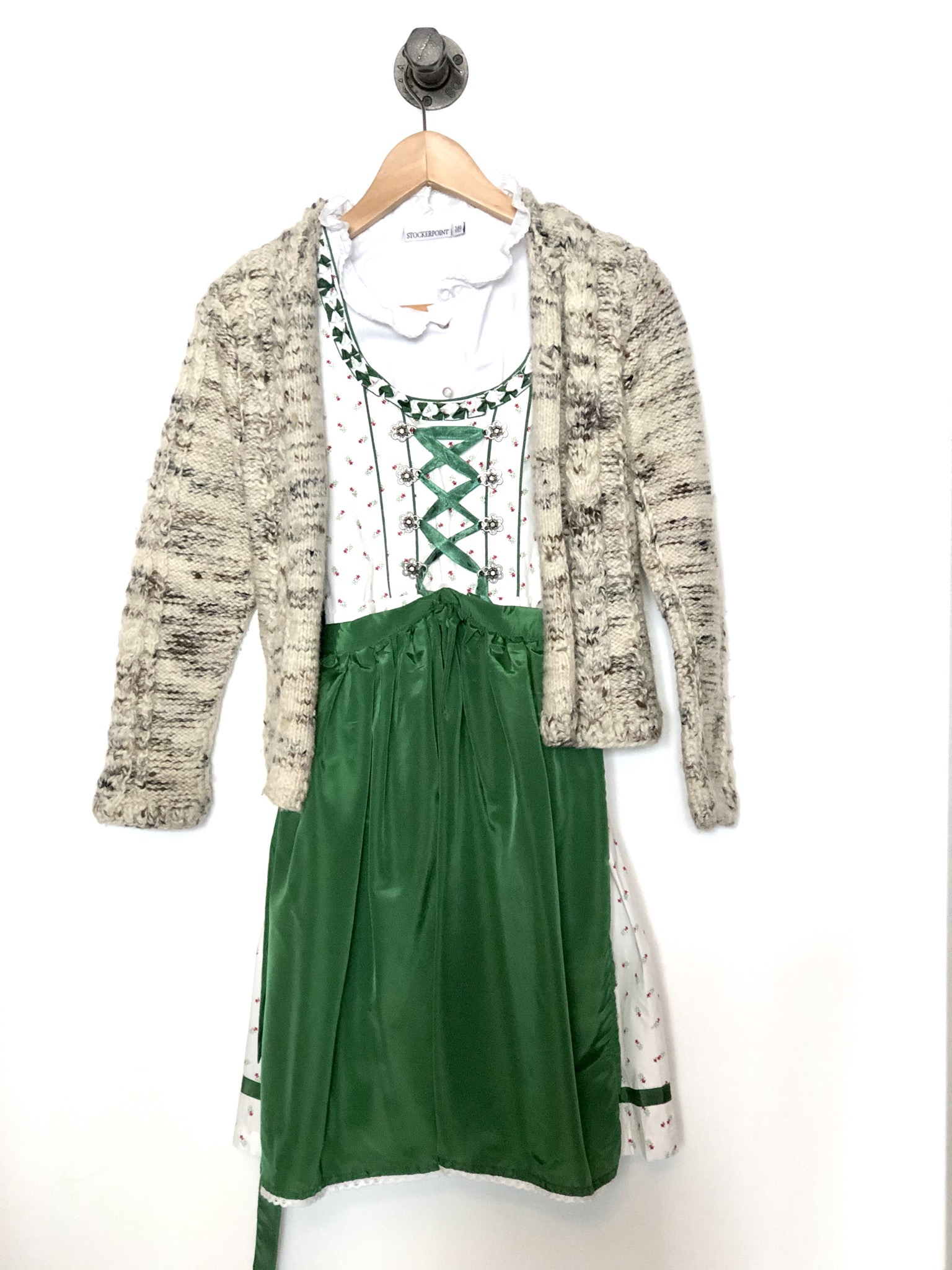 Gr. 146 Country Life Dirndl mit bluse