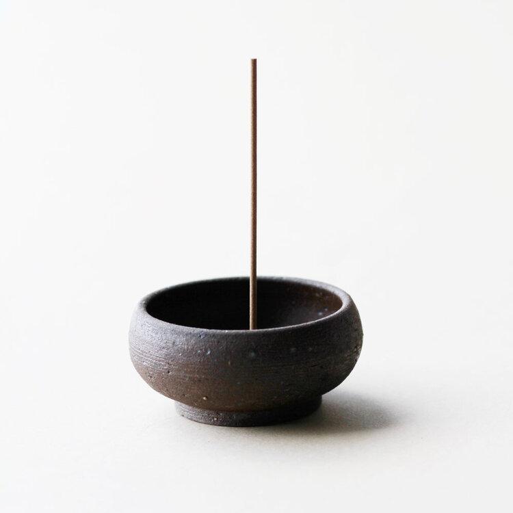 UME Collection - Mud Bowl Stoneware Incense Holder