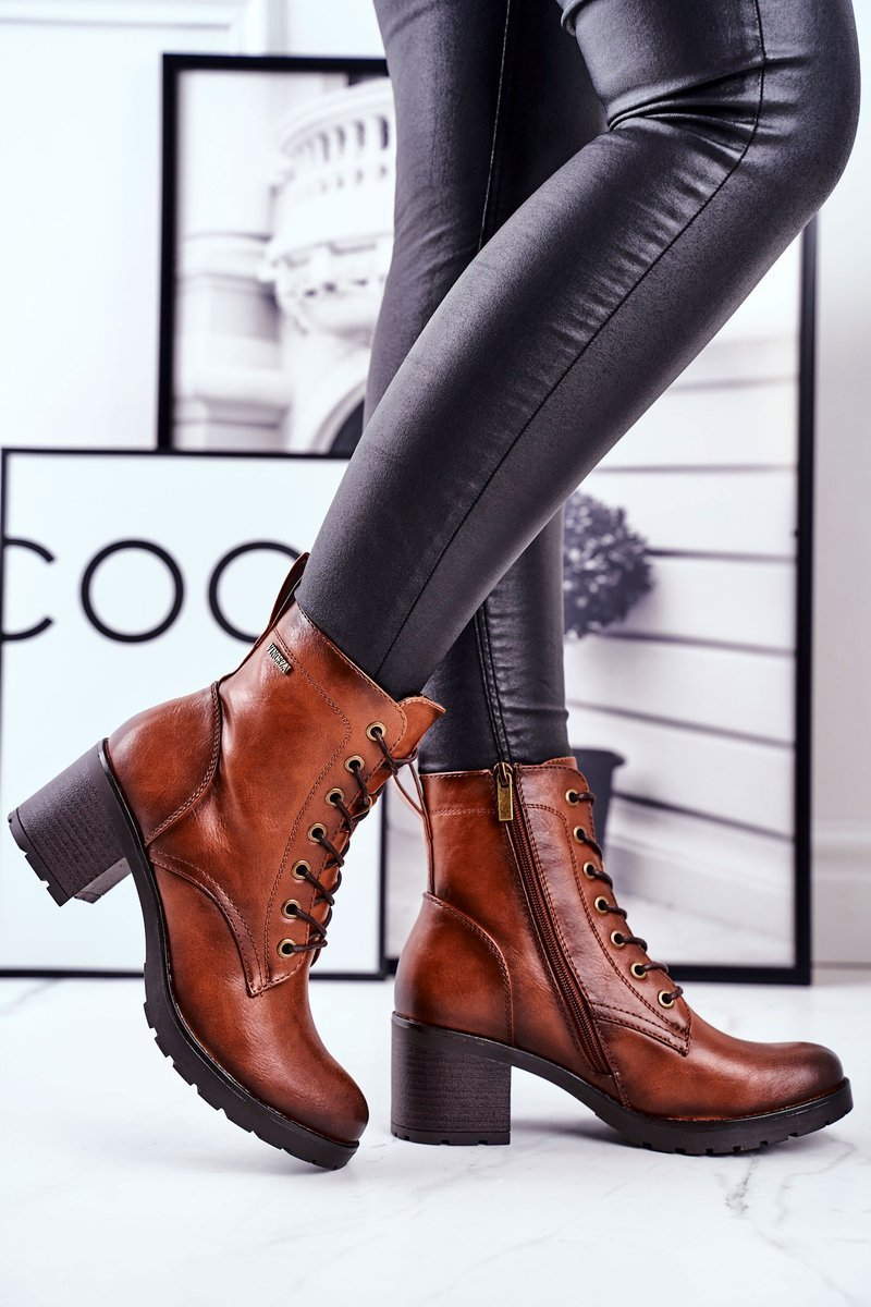 Konjak bruna boots av ekologisk läder