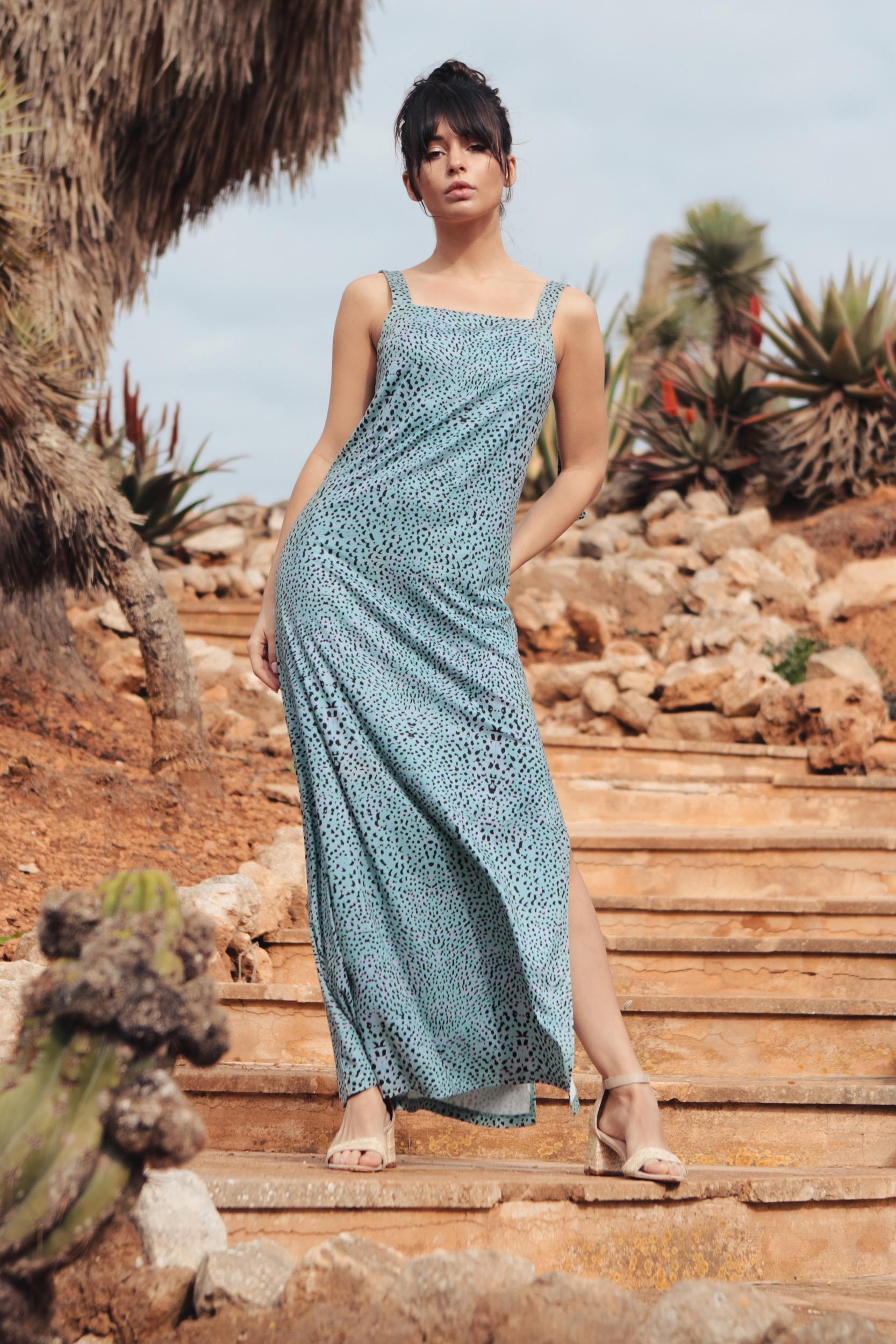 Maxi-klänning med justerbara remmar