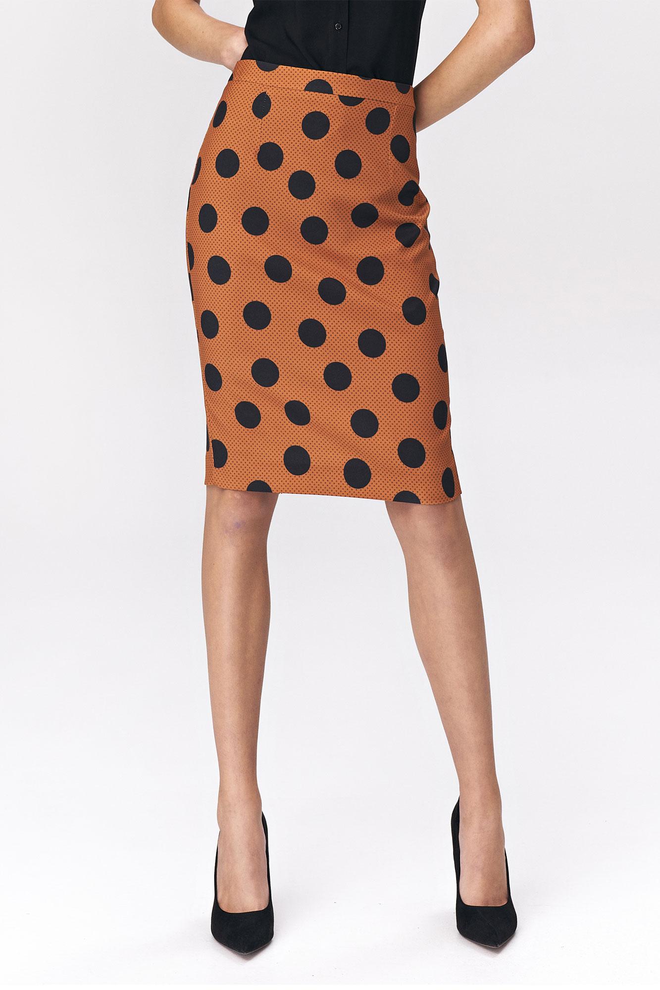 Prickig / brun kjol