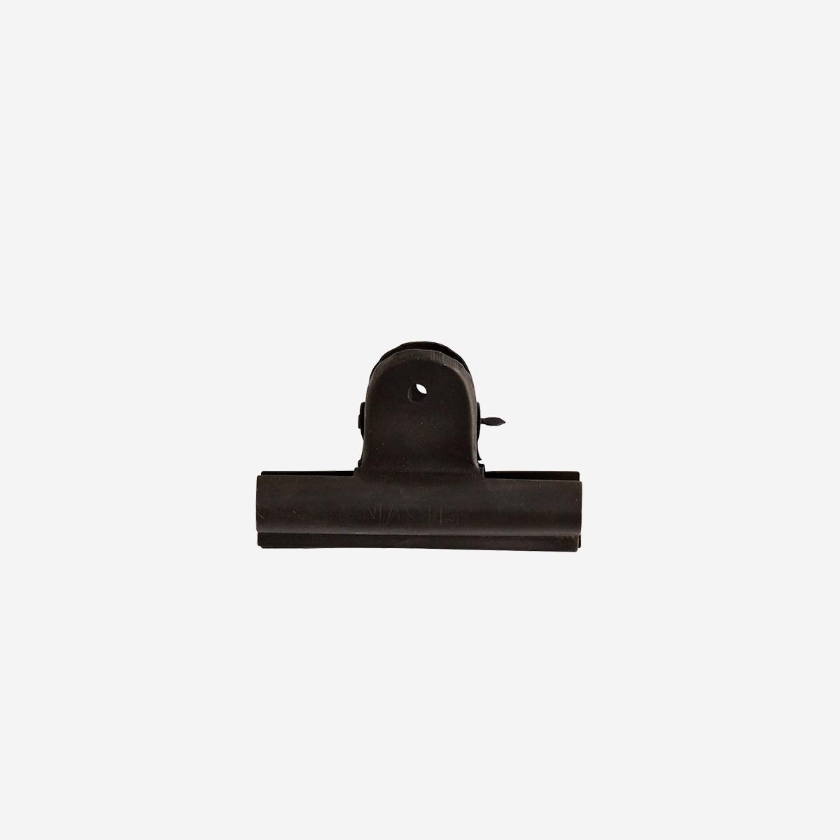Iron Clip, Black by Madam Stoltz