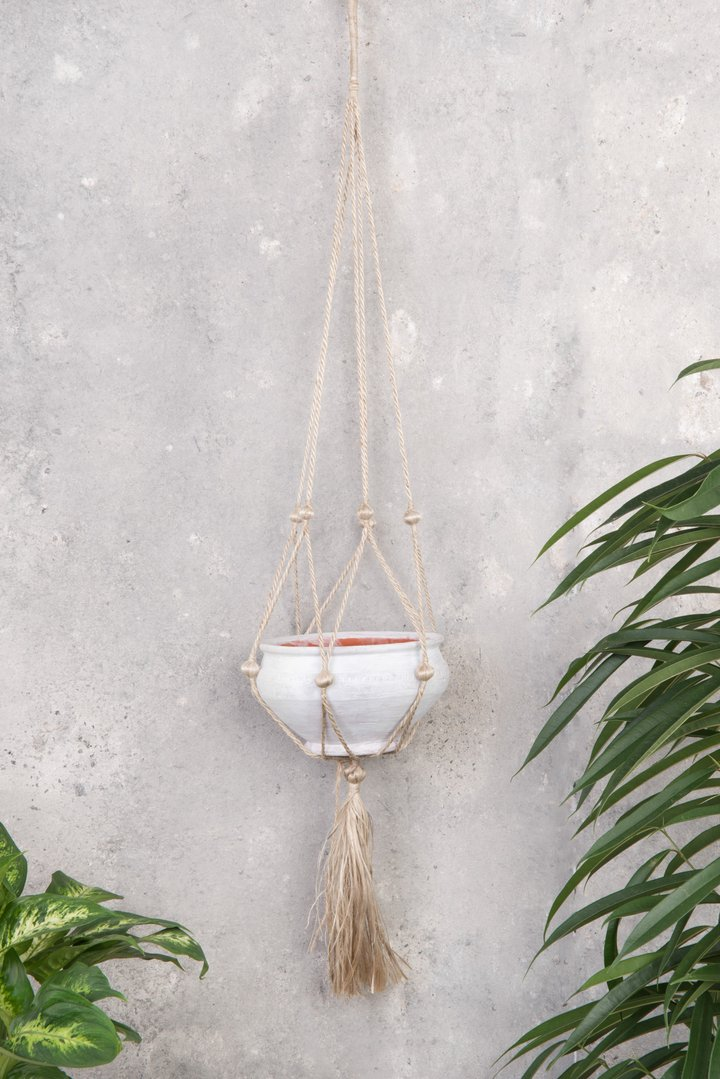Jute plant hanger with white terracotta pot by Ian Snow