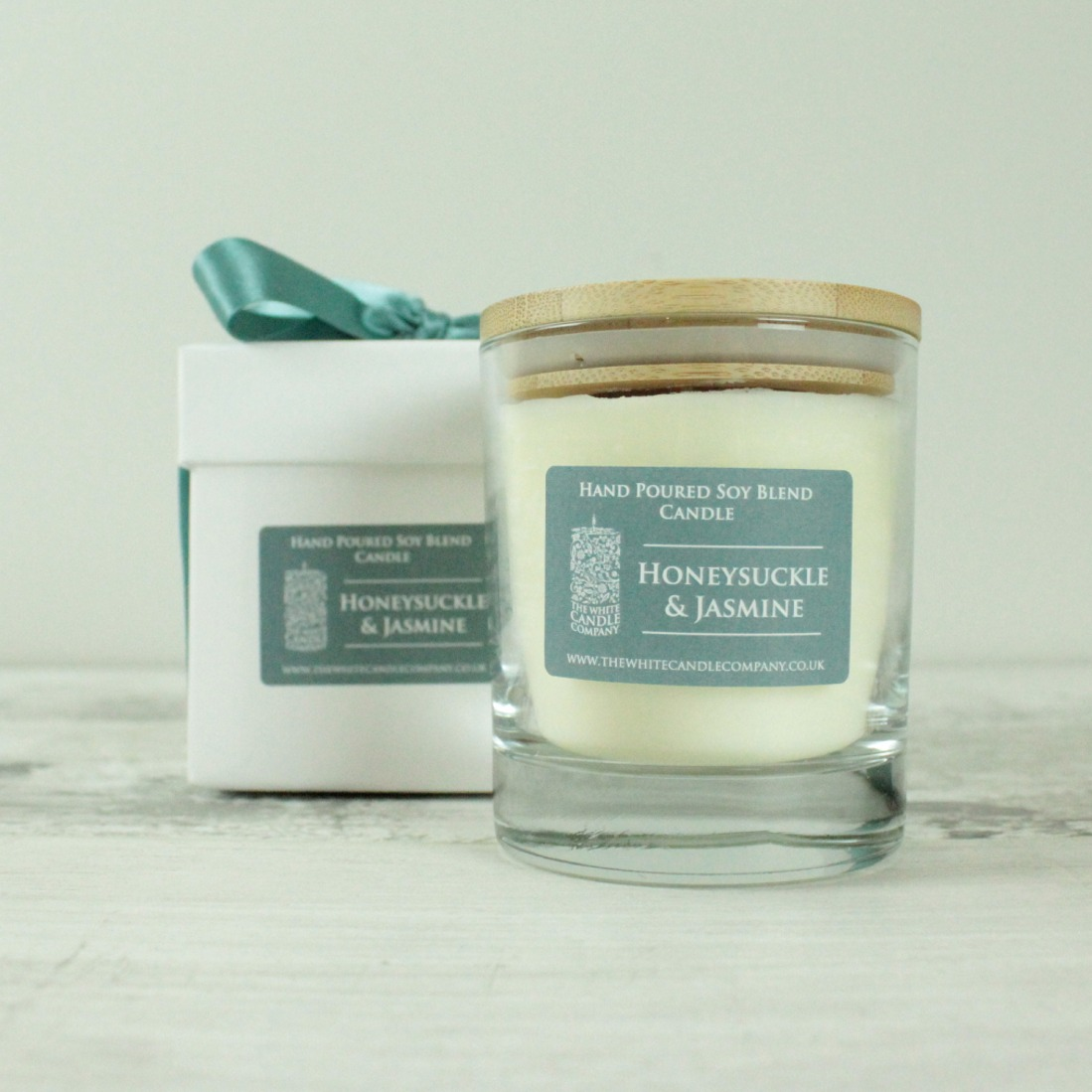 Honeysuckle & Jasmine Scented Candle - 50hrs