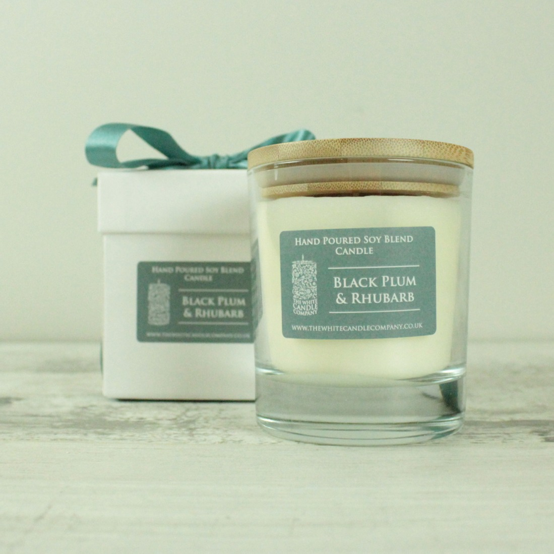 Black Plum & Rhubarb Scented Candle - 50hrs