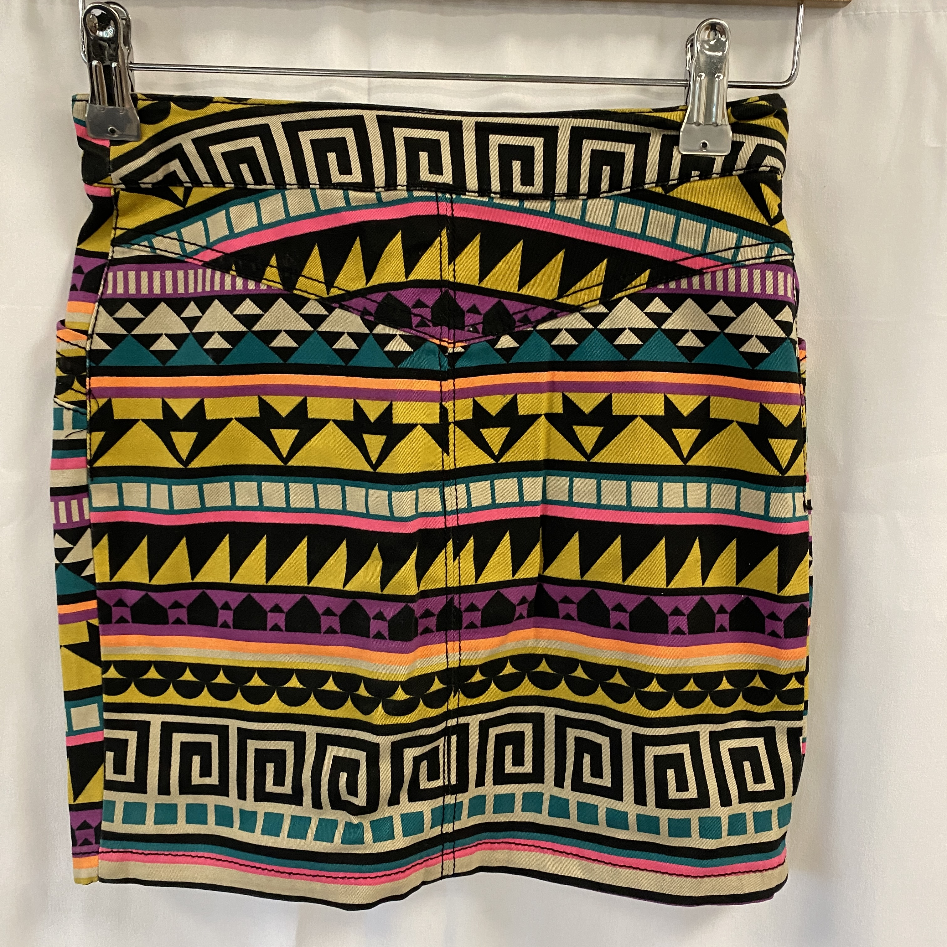 Divided Colourful Short Skirt - Size 6