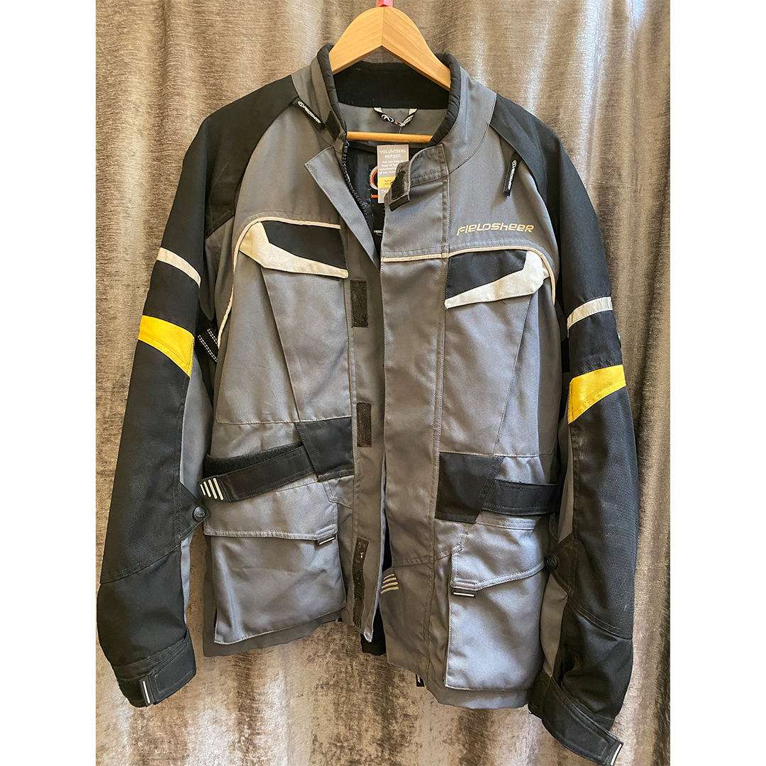 COLLECTION ONLY: Fieldsheer Bike Jacket - Size Small