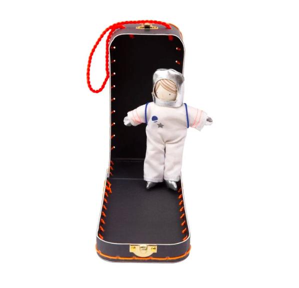 Meri Meri, astronautti rasiassa