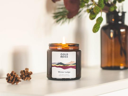 Gold Moss Candle: Winter Lodge