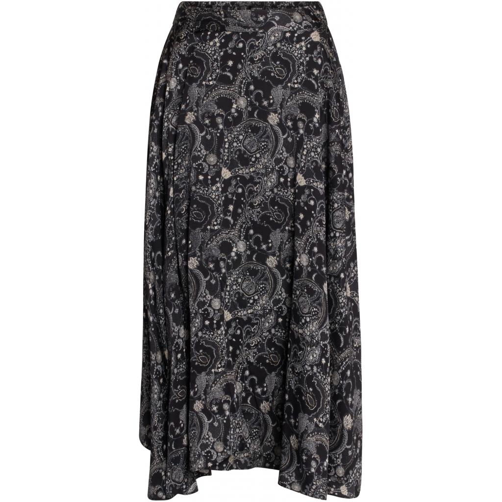 Becca Skirt