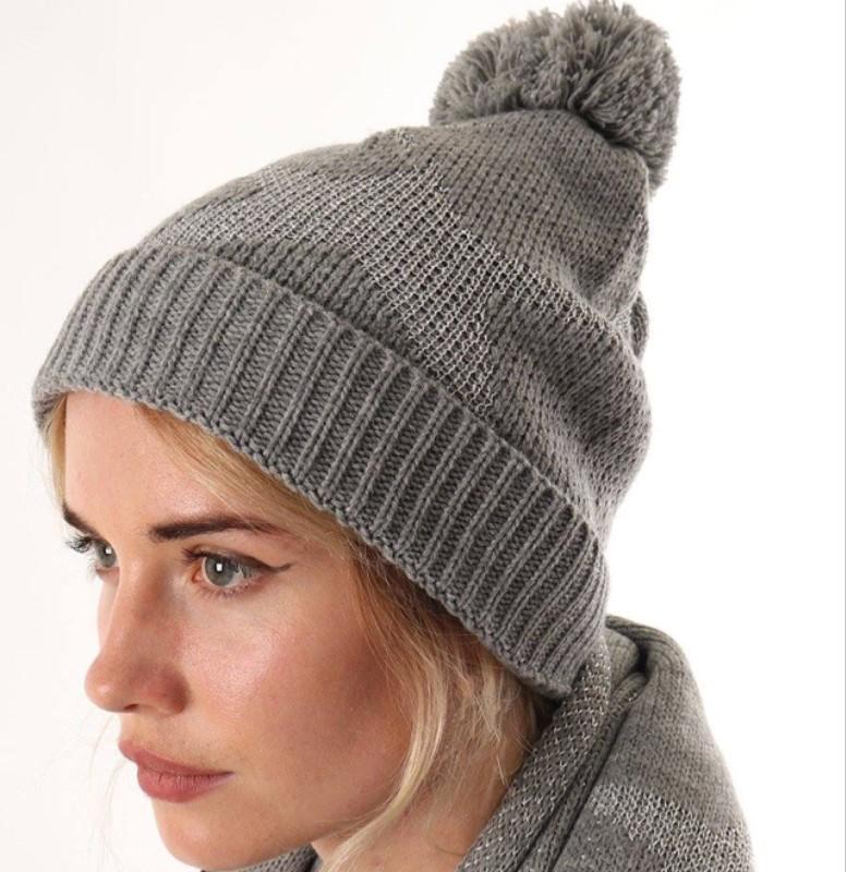 Glitter Star Pom Pom Hat - Grey