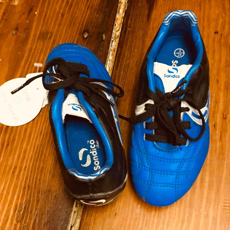SONDICO BLUE/BLACK FOOTBALL BOOTS SIZE EU28 UK10