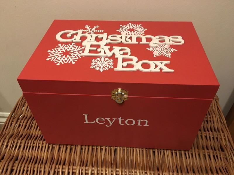 Christmas Eve snowflake box