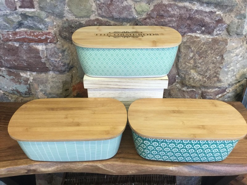Eco Friendly Bamboo Bread Bin and Bamboo Lid Chopping Board (any personalisation included)