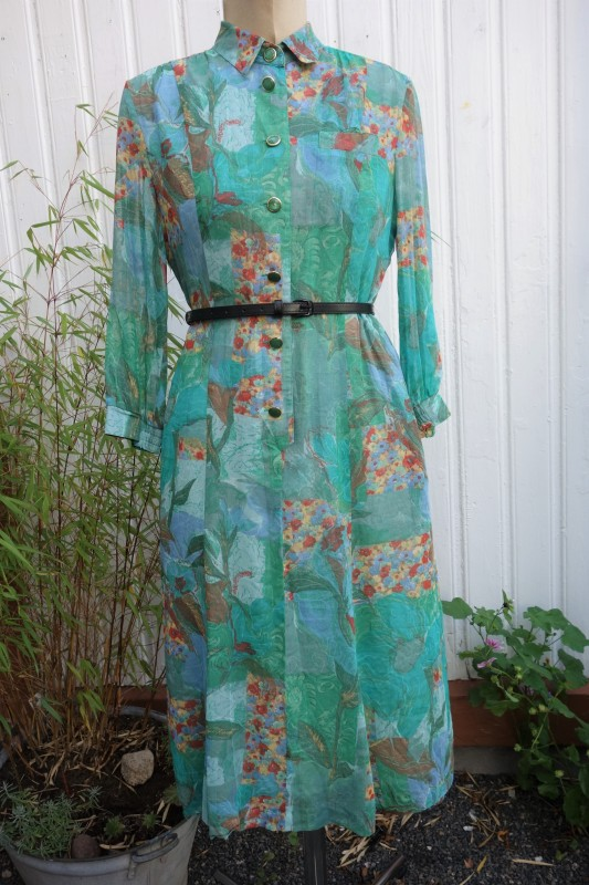 2098 Aquafarget kjole