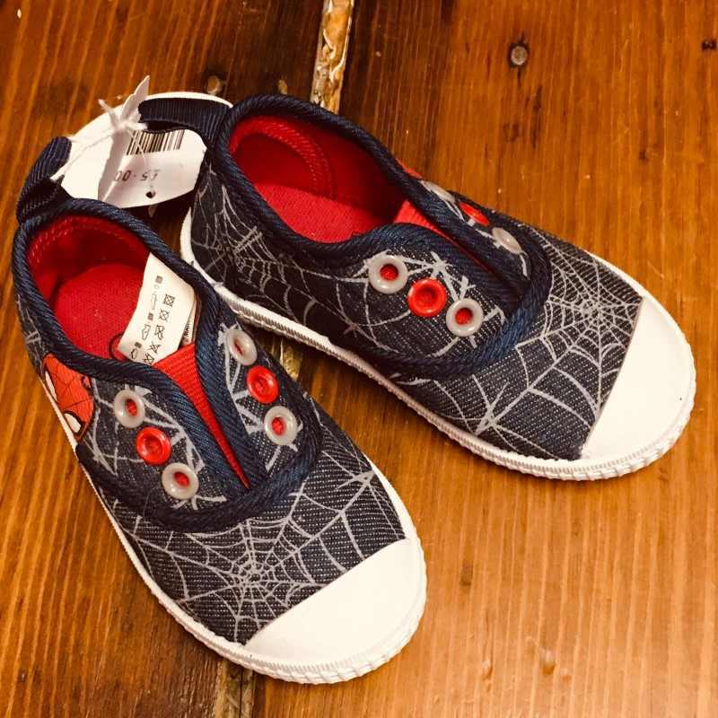 MARVEL SPIDERMAN SHOES WITH NO LACES SIZE EU21.5 UK5