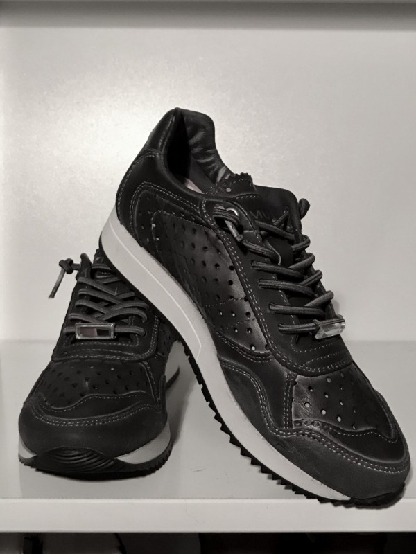 Amust - sneakers color antracit