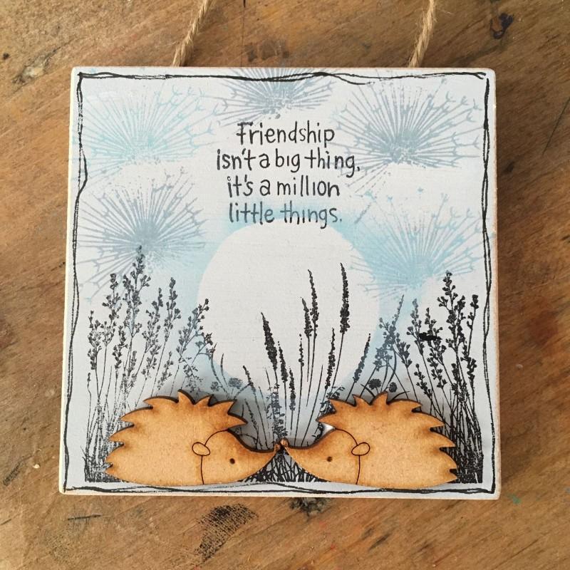 Wooden hedgehog plaque 10x10cm